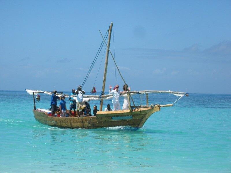 Huwelijksboot Menai Bay
